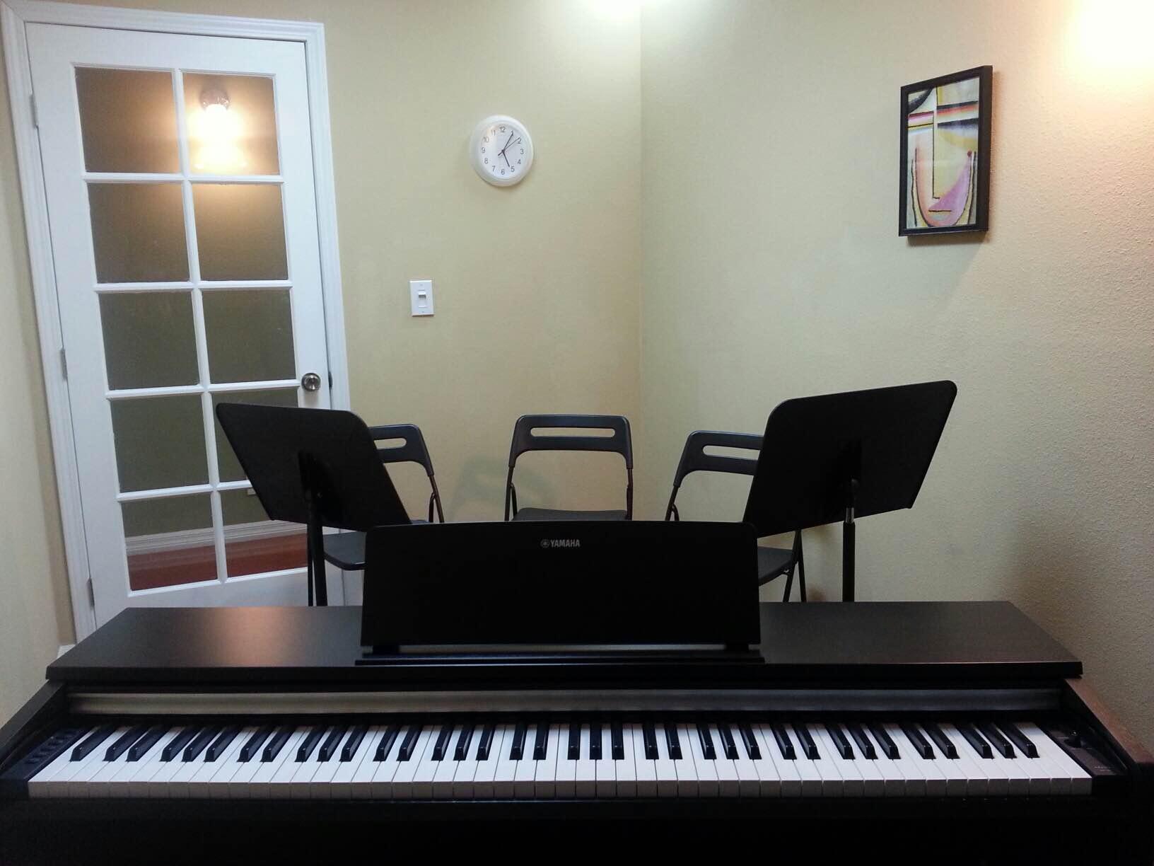 piano room 4